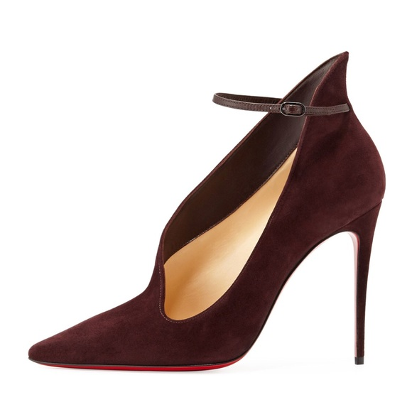 buy online fb09f 039c2 New Christian Louboutin Vampydoly Suede Pumps NWT